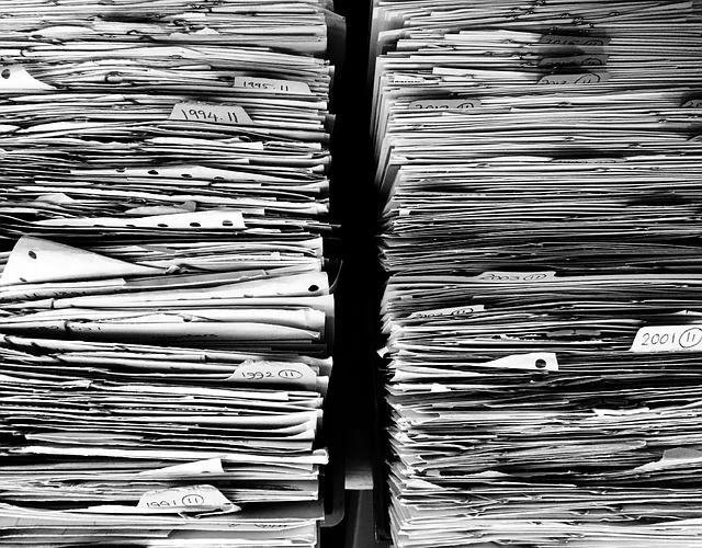 שמירת מסמכים ע״י שירותי ארכיב